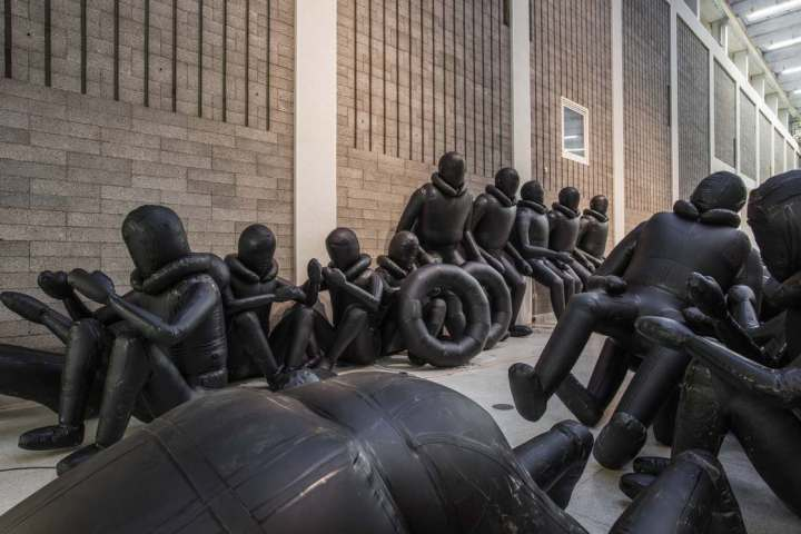 ai-weiwei-law-of-the-journey-3